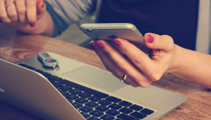 Τρεις συμβουλές για να αποκτήσετε μια ισορροπημένη σχέση με το κινητό σας