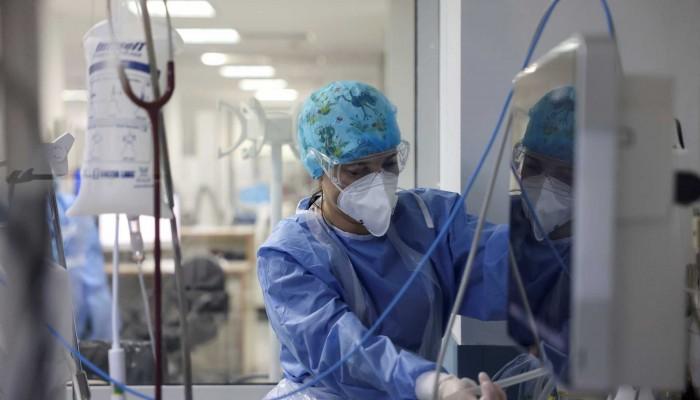 Ιατροδικαστική Εταιρία: Δυνατή η διενέργεια νεκροψίας σε θύματα κορωνοϊού