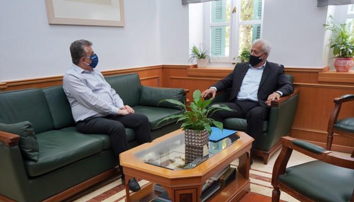 Για αναπτυξιακά έργα η συνάντηση του δημάρχου Αποκορώνου με τον Περιφερειάρχη Κρήτης