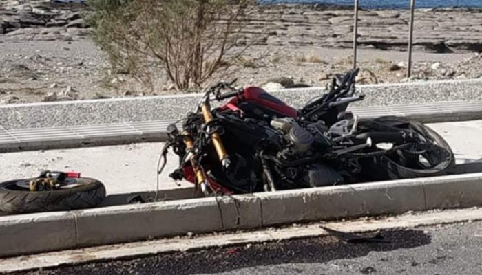 Σφοδρό τροχαίο στην Παλαιόχωρα Χανίων: Στην ΜΕΘ νεαρός οδηγός μοτοσικλέτας (φωτο)