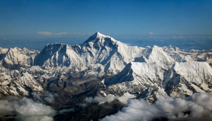 Έβερεστ : Ο κοροναϊός «σκαρφάλωσε» στην ψηλότερη κορυφή του κόσμου – Θετικός ορειβάτης
