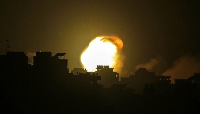 Ολονύχτια πλήγματα με τουλάχιστον είκοσι νεκρούς στη Λωρίδα της Γάζας