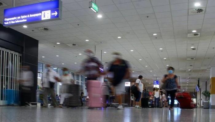 Αεροδρόμια Κρήτης: Συλλήψεις 41 ατόμων για πλαστογραφία πιστοποιητικών