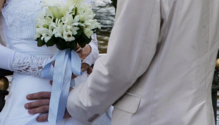 «Ανοίγουν» γάμοι - βαφτίσια τον Ιούνιο, τα μέτρα