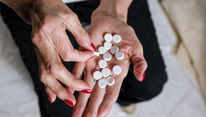 SOS: Αυτά τα φάρμακα απειλούν το ήπαρ – Ποιοι είναι πιο ευάλωτοι