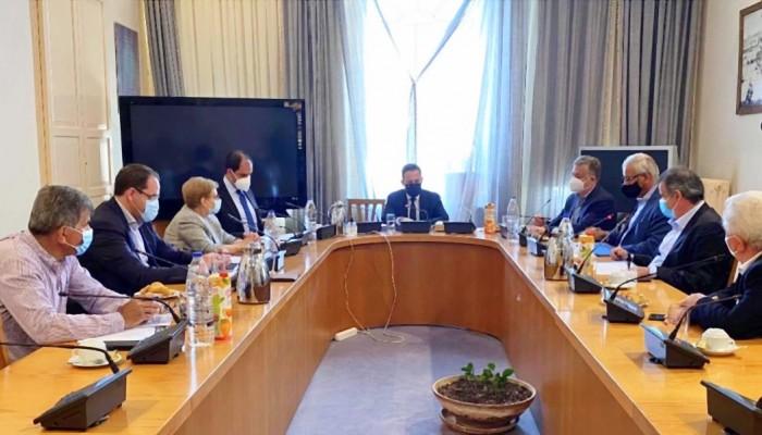 Έργα υποδομής συζητήθηκαν στην επίσκεψη Σ. Πέτσα στο Ρέθυμνο