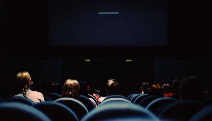 Ο λόγος που αποκαλούμε τις επιτυχημένες ταινίες blockbusters
