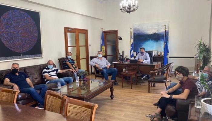 Στο Δημαρχείο Χανίων εκπροσώποι του Συλλόγου Καταστηματαρχών Δημοτικής Αγοράς