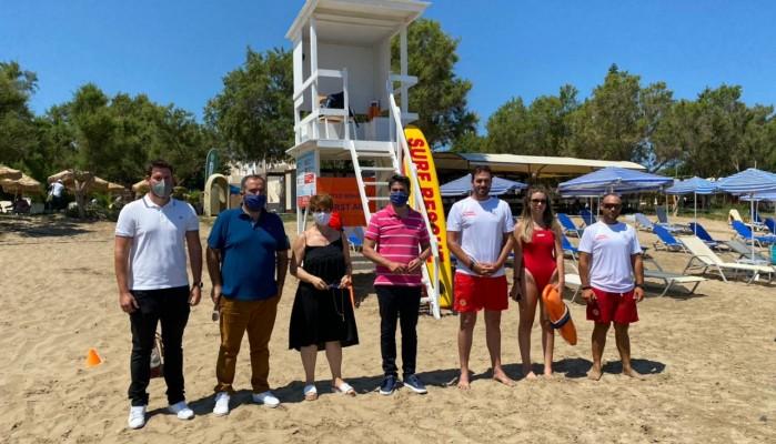 Ξεκίνησε η ναυαγοσωστική κάλυψη στις παραλίες του Δήμου Χανίων (φωτο)