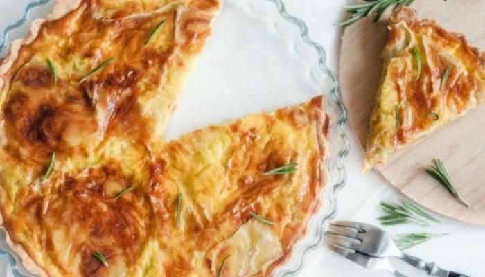 Εύκολη τάρτα τυριών με σφολιάτα