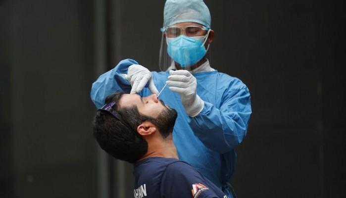 Πρέπει να κάνω τεστ αν είμαι πλήρως εμβολιασμένος και έρθω σε επαφή με κρούσμα;