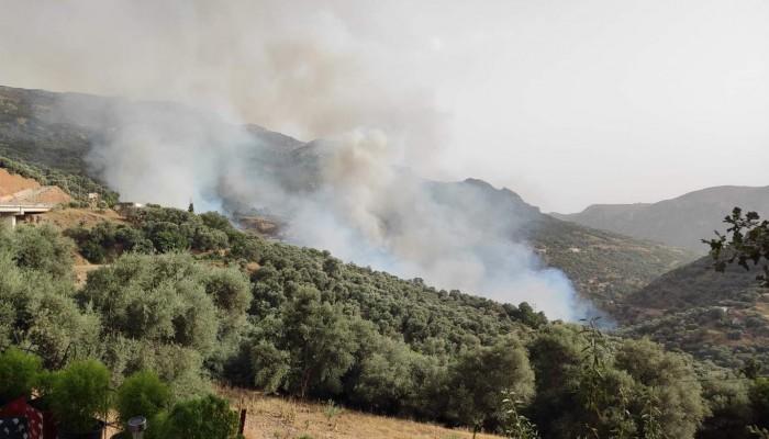 Εκτός ελέγχου η φωτιά στην Κάντανο-Σέλινο -  Κλειστός o δρόμος προς Παλαιόχωρα (φωτο-vid)