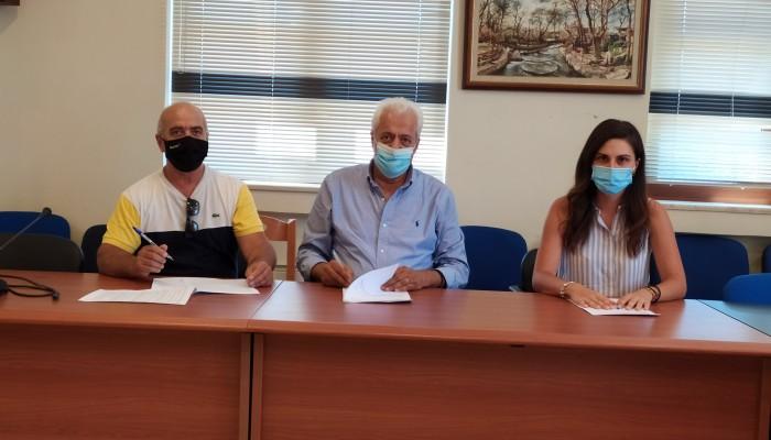 Αποκόρωνας:Υπεγράφη το έργο αποκατάστασης κτιρίων αντλιοστασίων και δεξαμενών υδροάρδευσης
