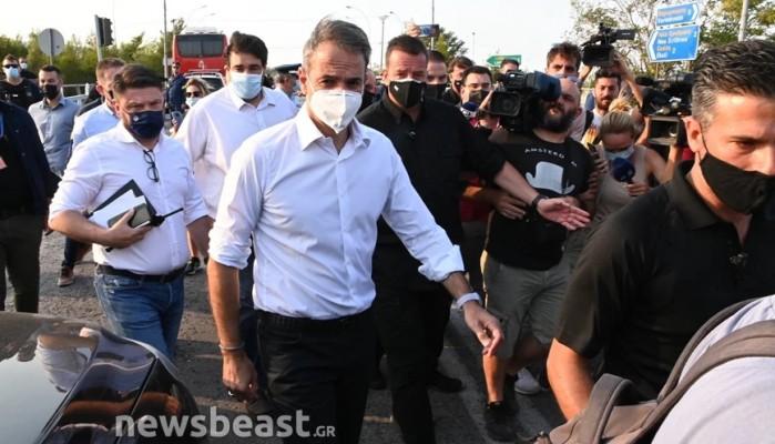 Μητσοτάκης -  Βαρυμπόμπη: Εξαιρετικά δύσκολη πυρκαγιά – Οι εκκενώσεις έγιναν υποδειγματικά