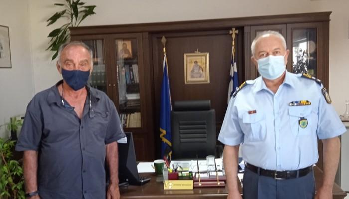 Τα τροχαία στην Κρήτη σε συνάντηση του Στ. Πολέντα με τον Στρατηγό Αντ. Ρουτζάκη