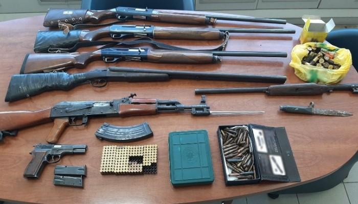 Ετοιμοπόλεμοι με πλήρες οπλοστάσιο τρία άτομα στην Μεσσαρά (φωτο)
