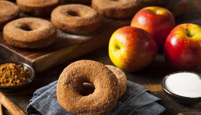 Λουκουμάδες μήλου
