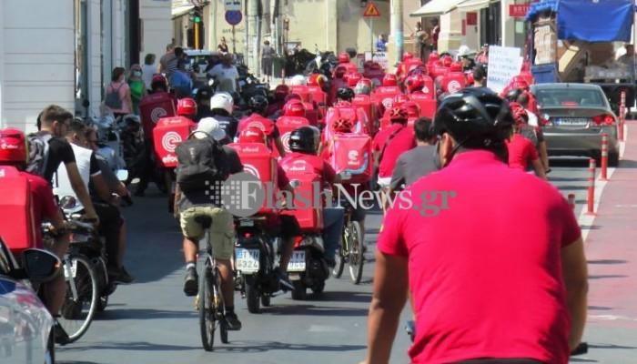 Στους δρόμους για διαμαρτυρία... και όχι για παραγγελία οι διανομείς