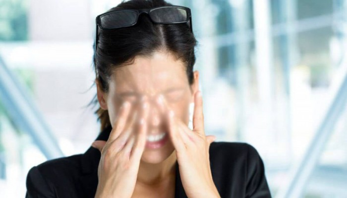 Επίθεση με χημικό υγρό στα Χανιά: «Η όρασή μου είναι μισή» λέει η 18χρονη (βιντεο)