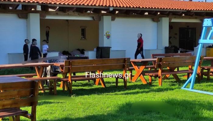 Ολοκληρώθηκε η μεταφορά των μεταναστών στις κατασκηνώσεις του Καλαθά Χανίων