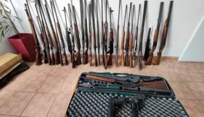 Μια αποθήκη γεμάτη όπλα εντοπίστηκε σε χωριό του Δήμου Πλατανιά