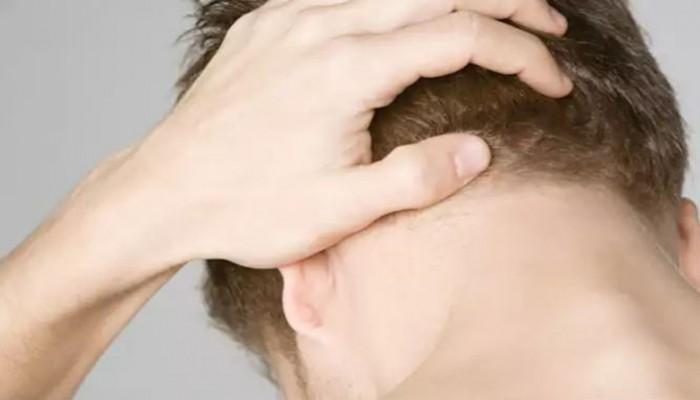 Πονοκέφαλος στο πίσω μέρος του κεφαλιού: Όλες οι πιθανές αιτίες