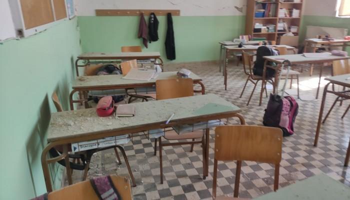 Ζημιές προκάλεσε ο σεισμός και στο Δημοτικό σχολείο Θραψανού (φωτο)