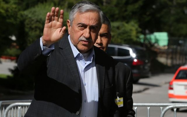 Τουρκία – Διαψεύδει το ΥΠΕΣ ότι απαγορεύτηκε η είσοδος στη χώρα στον Ακιντζί και άλλους 41