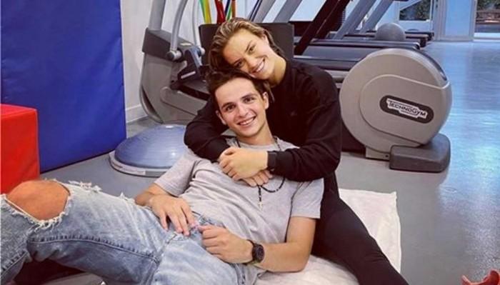 Κωνσταντίνος Μητσοτάκης: Αγκαλιά με την Μαρία Σάκκαρη στην πρώτη τους φωτογραφία