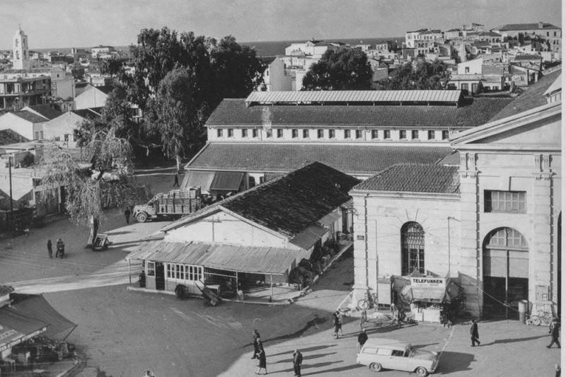 Овощной рынок когда-то располагался на площади Хортатцон
