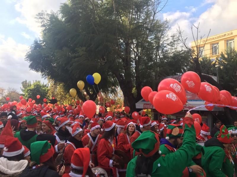 Santa Run 2018 на Крите: Деды Морозы вновь заполнили улицы Ханьи