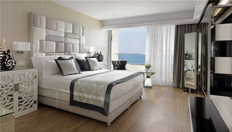 merkel-suite-1 Σε υπερπολυτελή σουϊτα παραλιακού ξενοδοχείου έμεινε χθες η Αγκελα Μέρκελ