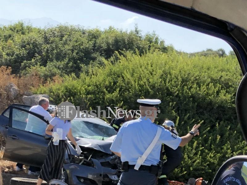 troxeoskaleta Μιανεκρή και τρεις τραυματίες σε νέο τροχαίο - Δυο παιδιά σε σοβαρή κατάσταση