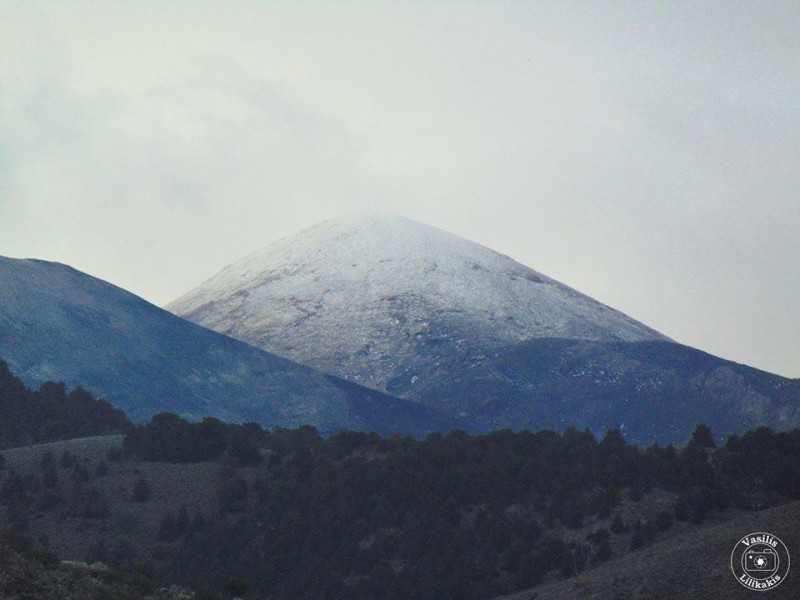 The first snow in Lefka Ori
