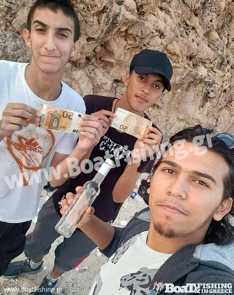 """""""Ψάρεψαν"""" μπουκάλι με 100 ευρώ – τάμα προς τον Πανορμίτη (φωτο)"""
