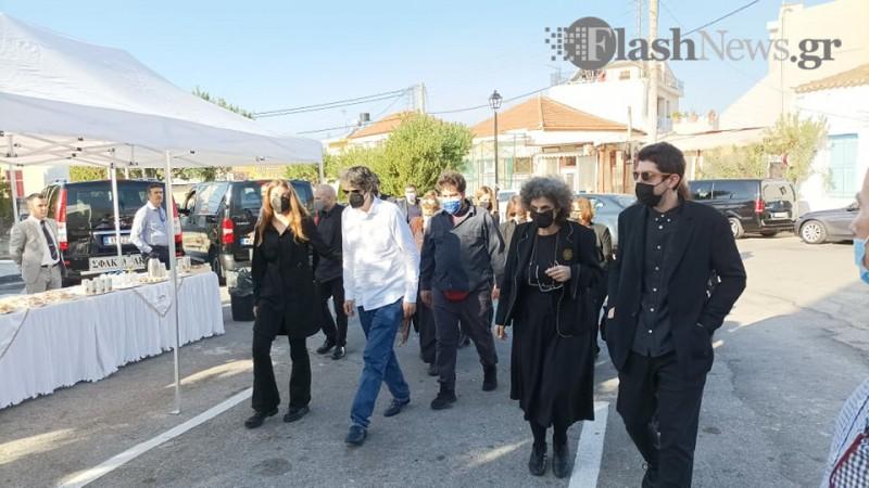 Μίκης Θεοδωράκης: Τελείται σήμερα το 40ημερο μνημόσυνο στη... - Flashnews.gr